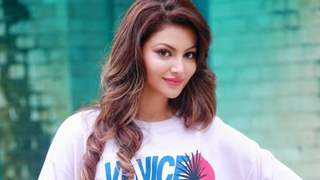 Urvashi Rautela donates 47 Oxygen concentrators worth more than Rs. 2 Cr through her foundation!