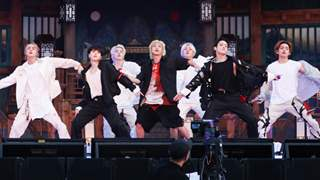 BTS wraps 2021 Muster Sowoozoo with 'Wishing on a star', 'You Never Walk Alone' and 'Mikrokosmos'; see pics!