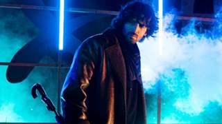 Kartik Aaryan as Umbrella Man strikes back with a vintage Shaktimaan twist: See new video