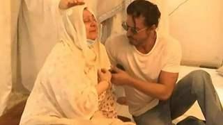 Shah Rukh Khan consoles Saira Banu as she breaks down in tears: RIP Dilip Kumar