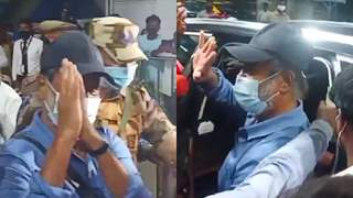 Rajinikanth returns to Chennai from the US after a health check-up; Fans chant 'Thalaivar': See video!