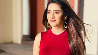 Not up to go bold for OTT; great to re-unite with Tannaz after thirteen years for 'Jijaji...': Hiba Nawab