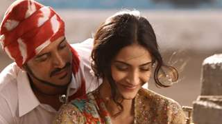 Sonam Kapoor chose to accept Rs 11, for her brief portrayal in Bhaag Milkha Bhaag: Rakeysh Omprakash Mehra