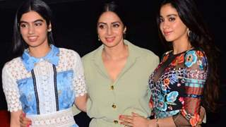 Sisters Janvhi and Khushi Kapoor share unseen pictures of late mom Sridevi on her birth anniversary!