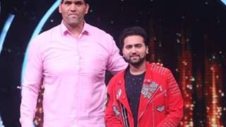 Khali to grace the finale episode of Sony's Indian Idol season 12