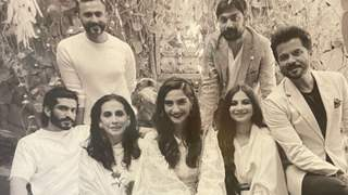 Anil Kapoor shares first family picture with super-daughters and super-sons after Rhea Kapoor's marriage!