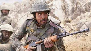 """""""I've never seen such authentic scenes being captured"""": Army General applauds Sidharth"""