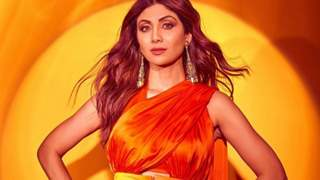 Shilpa Shetty welcomes Lord Ganesha with a smile in the midst of sorrow
