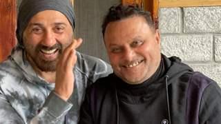 Anil Sharma, to push the shooting of Dharmendra, Sunny, Bobby & Karan starrer Apne 2 to 2022?