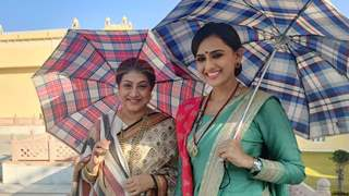 Suwarna and Dadi aka Niyati Joshi and Swati Chitnis present their new looks for 'Yeh Rishta Kya Kehlata Hai'