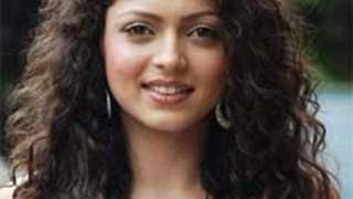 Curly Beauties of TV industry