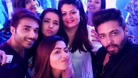 The Cast of 'Divya Drishti' Bid Adieu By Partying With a Bang