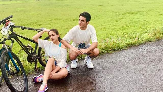 Sara Ali Khan writes an adorable poem as she shares photos from her day out  with brother ...