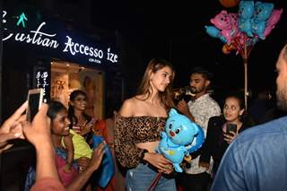 Disha Patani celebrates her birthday at Bastian!