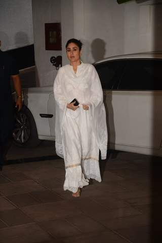 Bollywood celebs bid adieu to Manish Malhotra's father!