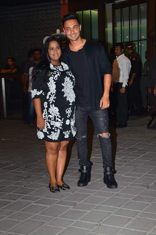 Celebrities papped at Aayush Sharma and Arpita Khan's Wedding Anniversary!