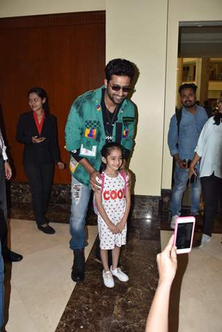 Vicky Kaushal snapped at Juhu for movie promotion of Bhoot!