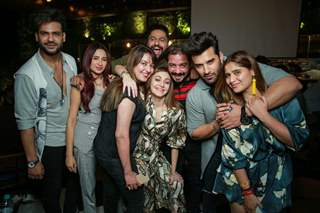 Shefali Jairwala party with her Bigg Boss 13 friends!