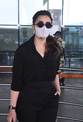 Parineeti Chopra snapped at airport