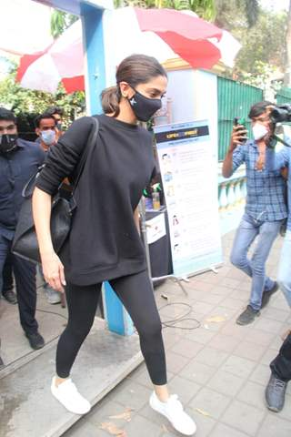 Deepika Padukone snapped after a shoot in Bandra