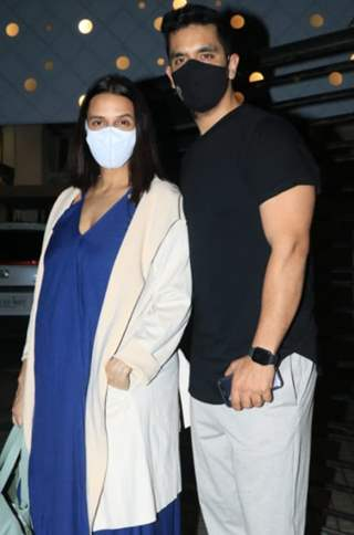 Parents-to-be, Neha Dhupia and Angad Bedi snapped in Bandra