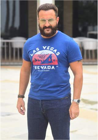 Saif Ali Khan snapped at the promotions of Bhoot Police!