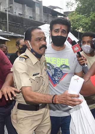Raj Kundra released from Arthur Road jail