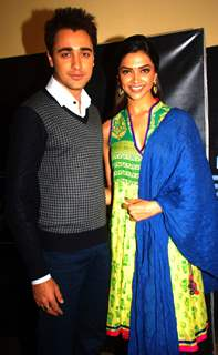 Deepika Padukone and Imran Khan on the set of saregama