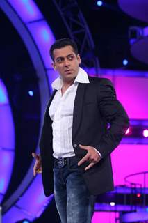 Salman Khan at Finale of Bigg Boss 4