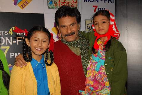 Pavan Malhotra with Richa and Shruti at Press Conference of Zee Tv new show 'Chhoti Si Zindagi'