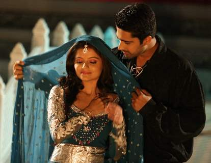 Avinash Sachdev as Dev and Rubina Dilaik as Radhika in Chhoti Bahu - Sawar Ke Rang Rachi