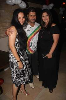 Pragati Mehra, Sushmita Daan and Aditya Lakhia at Birthday party of tv actress Sangeeta Kapure