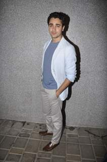 Imran Khan celebrates 'Mere Brother Ki Dulhan' success bash