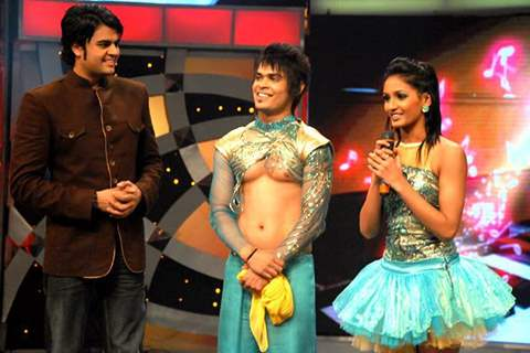 Shakti Mohan with Kunwar Amarjeet Singh in DID 2