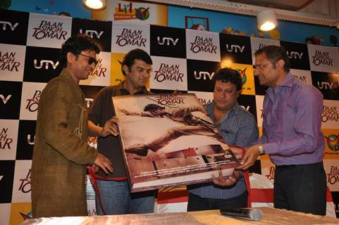 Irrfan Khan, Timangshu Dhulia and Siddharth Roy Kapur at Paan Singh Tomar DVD Launch