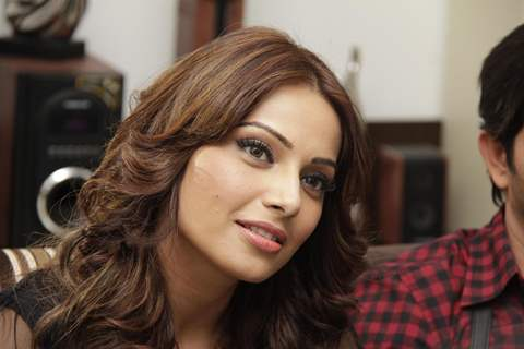 Bipasha Basu Meet Star Plus Show Arjun