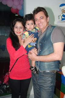Avinash Wadhawan with wife and son at launch of Play Around
