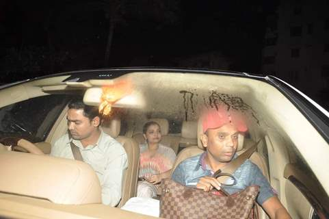 Vaibhavi Merchant arrives at Shahrukh Khan's Grand Eid Party at Mannat