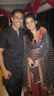Tarun Khanna with Smriti Mohan were kind of color cordinated for this party