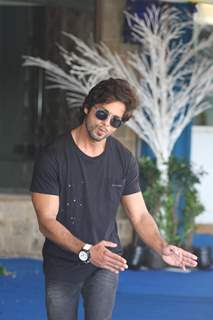 Shahid seemed in a jovial mood at the PHATA POSTER NIKLA HERO- press meet