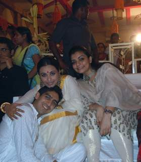 Ayan Mukerji, Rani Mukherjee and Vibhavi Merchant visit The North Bombay Sarbajanin Durga Puja