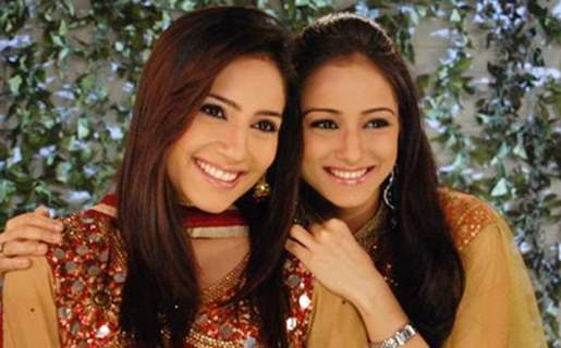 Mahi and Soni a beautiful sisters