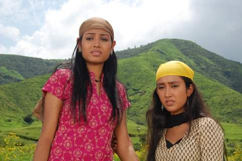 Shamoli and Kanchan looking tensed