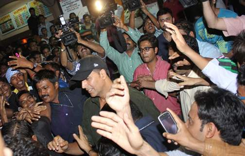Akshay Kumar visits Gaeity Galaxy Cinema hall for the promotion of his film 'Boss'