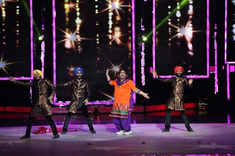 Kiku Shardha performs at the Grand Finale of India's Got Talent