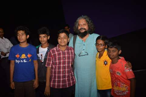 Amole and Partho Gupte at the Hawaa Hawaai screening visit