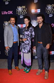 Aamir Dalvi, Karishma Modi and Amit Pachori at the Life OK Now Awards