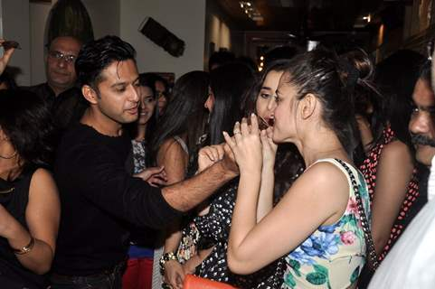 Vatsal Sheth feeds cake to Sanjeeda at the 100 Episodes Completion Party