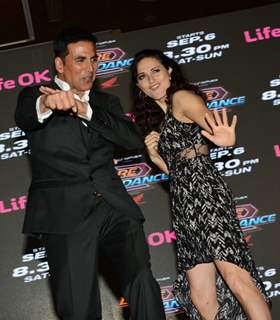 Akshay Kumar performs at the Launch of Dare 2 Dance