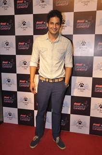 Mohit Malhotra poses for the media at the Launch of Heavens Dog Resturant